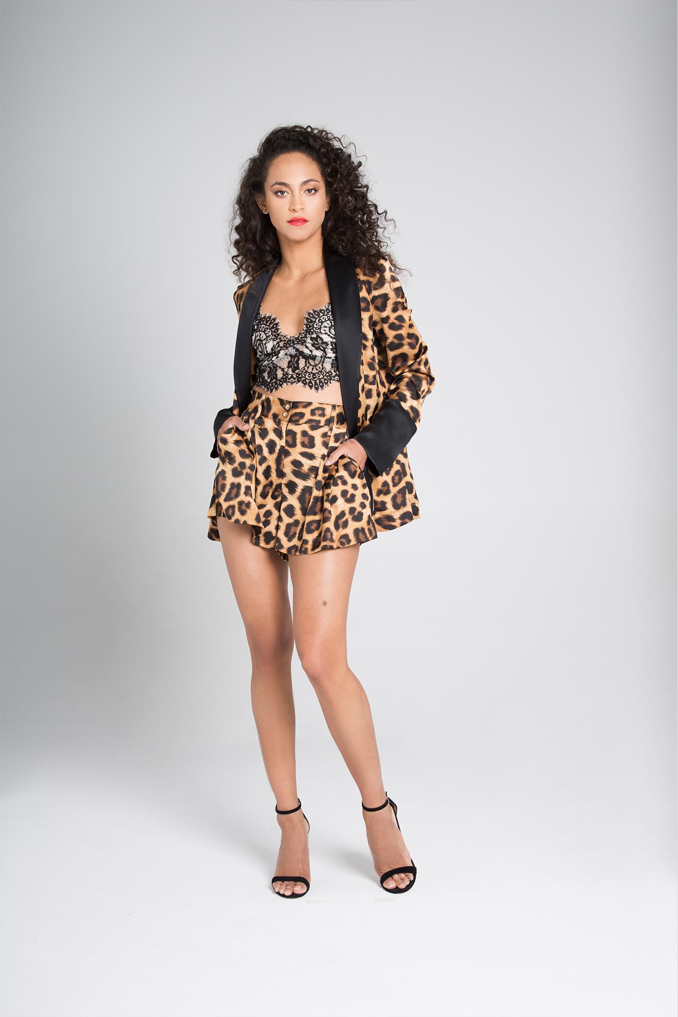 Animal print silk suit Camilla